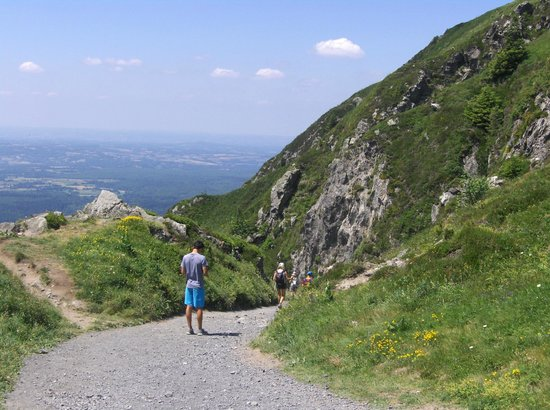 Vacances d'été en Auvergne grâce à l'association Enfants Vacances