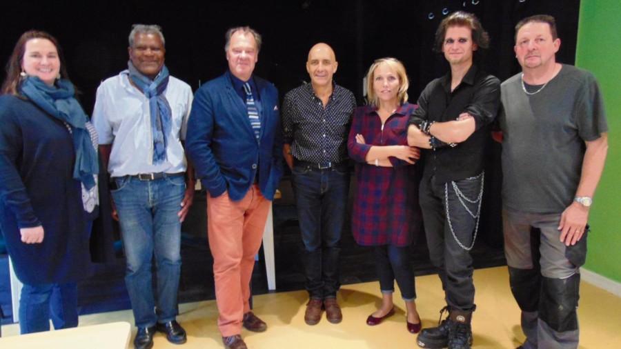 De gauche à droite: Elsa Toffin-Danflous, André Rostol, Joel Ducorroy, Guy Bernard Aboulin, Véronique Da Costa, Gu, Pascal Duval