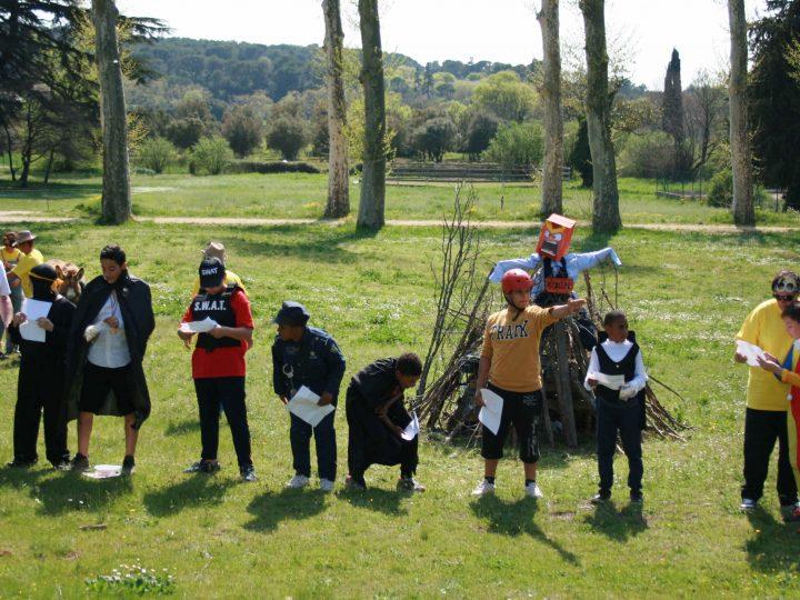 Les jeunes de l'ITEP d'Aix-en-Provence instruisent le procès du Caramantran