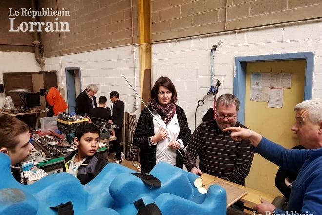 Farébersviller : atelier bricolage encadré par notre service de Prévention spécialisée